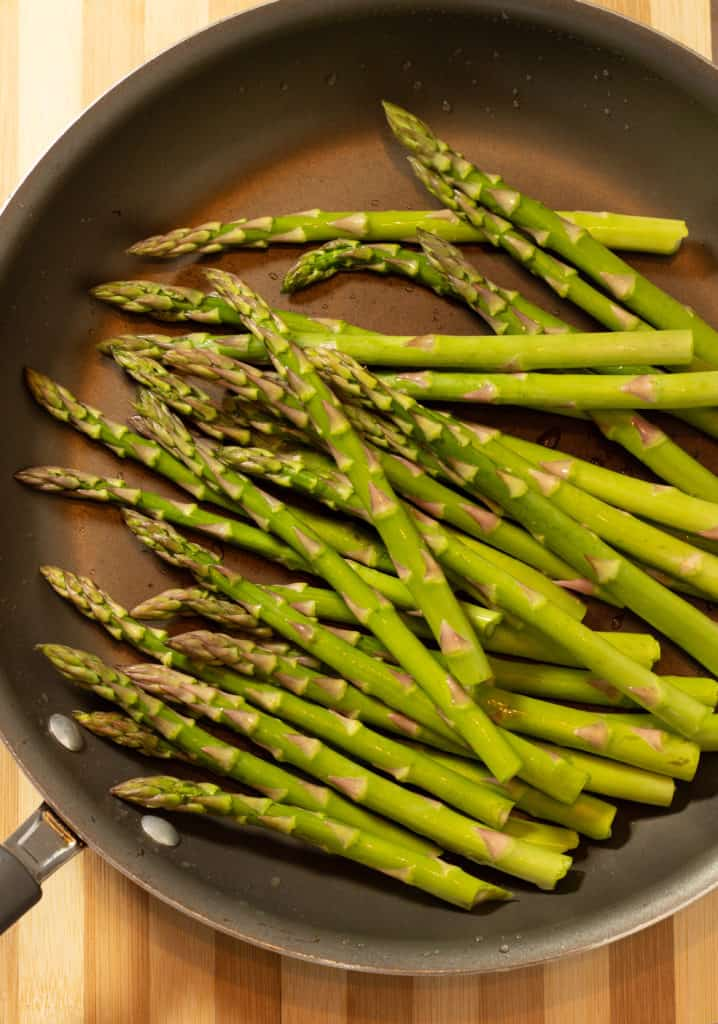 asparagus in a skillet for keto pan-roasted asparagus recipe